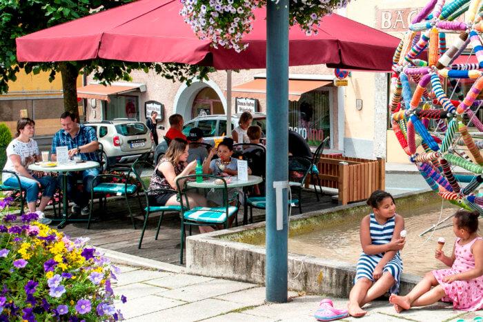 Café mit Sonnenterrasse in Radstadt - Bäckerei Kirchgasser